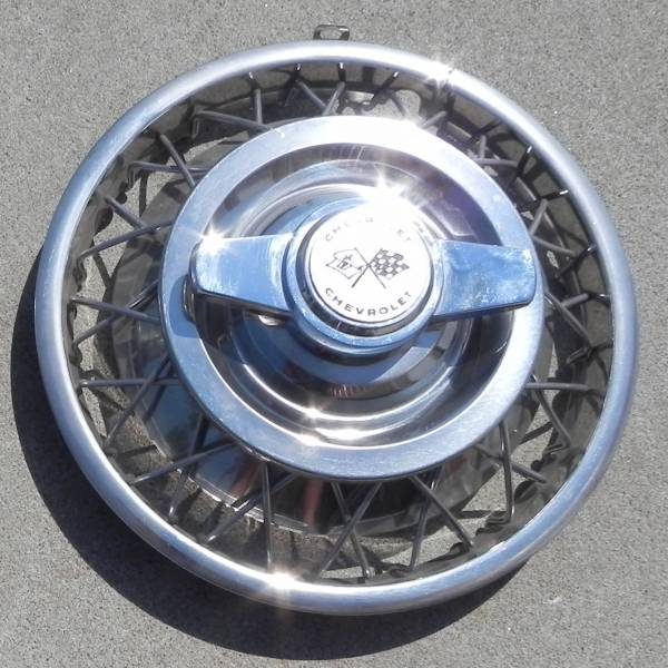 1963 Wire Wheel Cover