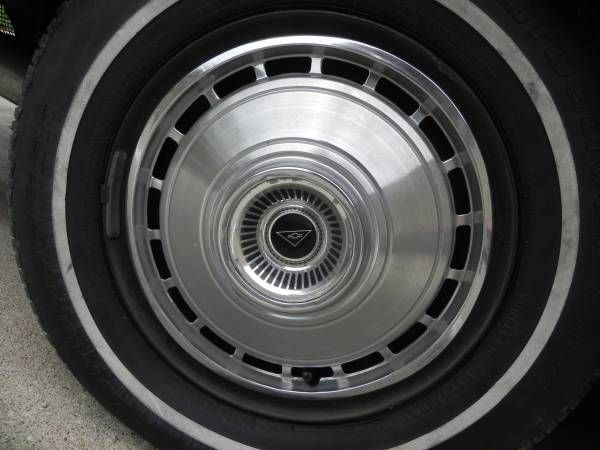 1964 500 or 700 Full Wheel Cover